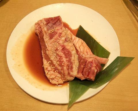 埼玉県ふじみ野市鶴ケ岡3丁目にある焼肉食べ放題のお店「焼肉きんぐ ふじみ野店」きんぐコースの肉