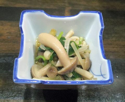 東京都中野区江原町3丁目にある居酒屋、海鮮料理、魚介料理の「和食 いのうえ」お通し