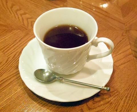 東京都練馬区関町北4丁目にあるフレンチのお店「Bistro CAFE GAVA ビストロカフェガヴァ」ホットティー