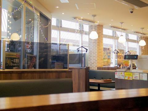 神奈川県川崎市川崎区駅前本町にあるビアホール・ビアレストランの「銀座ライオン 川崎駅前店」店内