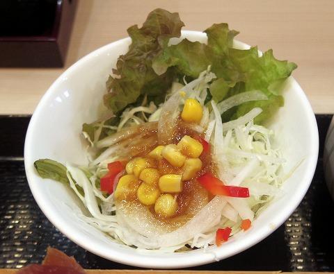 茨城県水戸市笠原町にある寿司、和食の「寿司ダイニング 福円」サラダ