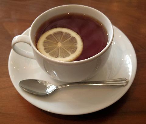 千葉県市川市新田5丁目にあるカフェ「Cafe DWARF  カフェドワーフ」カフェドワーフ ホットレモンティー