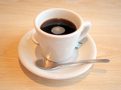 埼玉県春日部市一ノ割1丁目にある寿司店「弓海」(ゆみ)サービスのランチコーヒー