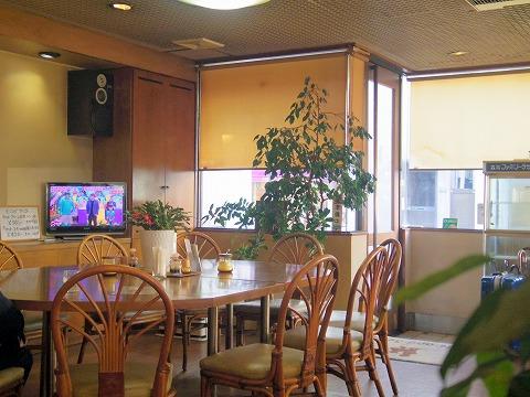 石川県金沢市十間町にある喫茶店「Hide & Seek   ハイドアンドシーク」店内