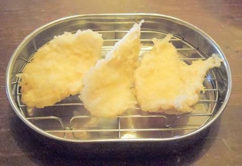 茨城県水戸市河和田町にある天ぷら店「揚げたて屋てん  河和田店」とり天そば