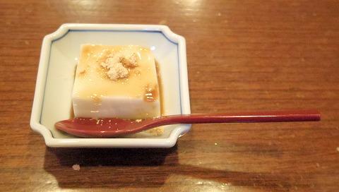 埼玉県越谷市蒲生寿町にある割烹と鮨の「割烹・鮨 定(さだ)」ちらし寿司