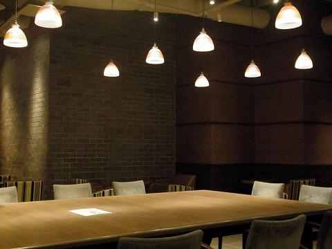 千葉県千葉市中央区富士見2丁目にあるカフェ「サンマルクカフェ 千葉駅前店」店内
