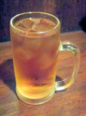 東京都台東区蔵前2丁目にある居酒屋「串揚げ酒場 串ドラゴン 蔵前店」ウーロン茶