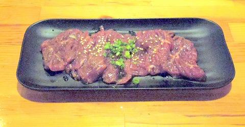 埼玉県越谷市千間台東1丁目にある焼肉、しゃぶしゃぶのお店「焼しゃぶ亭 翼」上ハラミ