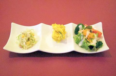 埼玉県さいたま市岩槻区南平野4丁目にあるイタリア料理のお店「Plume Blanc   プリュームブラン」本日のサラダ