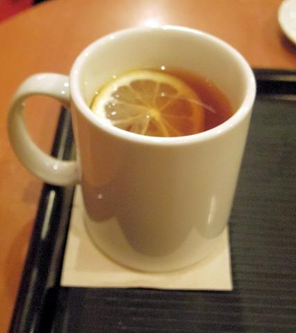 カフェベローチェ CAFFE VELOCE 千葉店 モーニングBセット、ドリンクはホットティー
