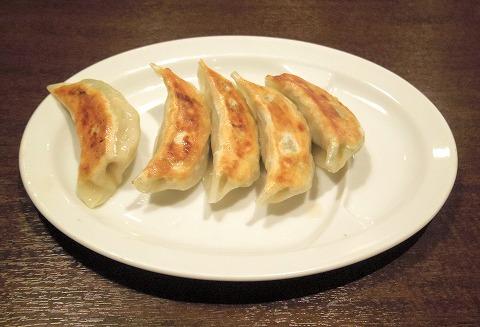 神奈川県横浜市中区本牧原にある中華料理店「創造中華 華星」スタミナ餃子