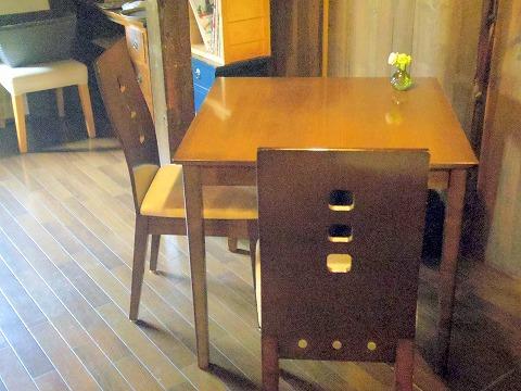 茨城県つくば市金田にあるカフェ「蔵日和」店内