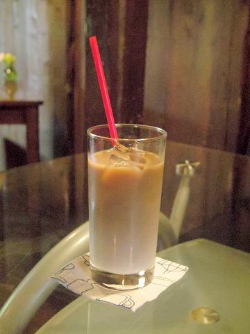 茨城県つくば市金田にあるカフェ「蔵日和」アイスカフェオーレ