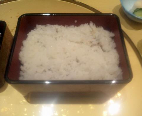 埼玉県所沢市西新井町にあるうなぎ、和食のお店「大穀 所沢店」特製うな重