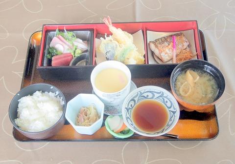 埼玉県春日部市大場にある和食店 「和風レストランむさし」三種御膳