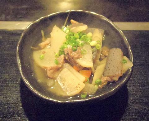 神奈川県横浜市中区本牧町にあるお好み焼き、もんじゃ焼き、たこ焼きの「さ介」牛スジ煮込み