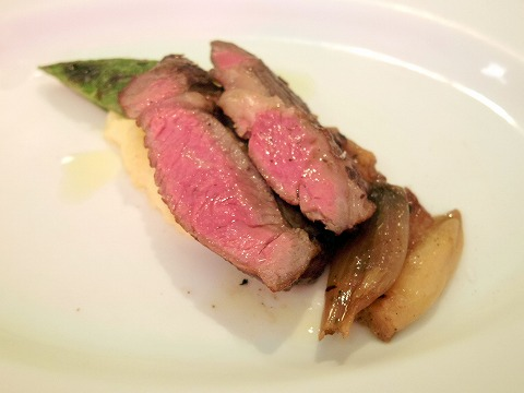 神奈川県横浜市中区太田町6丁目にあるイタリアンの「la Tenda Rossa ラ テンダロッサ」牛肉料理