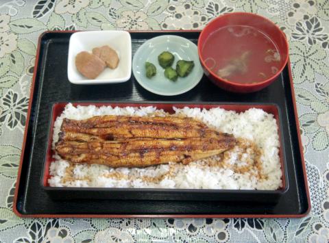 千葉県印西市岩戸にある定食・食堂の「お食事処 田丸」うな重