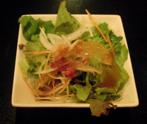 神奈川県横浜市中区太田町2丁目にある鉄板焼き、ステーキの「鉄板ダイニング 哲」名物哲ステーキ
