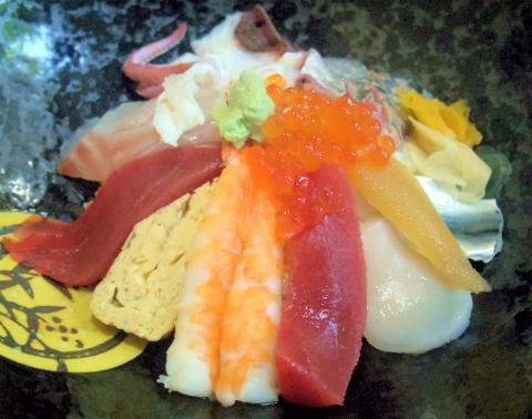 茨城県ひたちなか市津田にある鮨、魚介料理・海鮮料理の「一漁」店長おすすめ海鮮丼