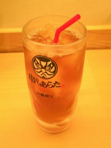 東京都台東区上野5丁目にある串揚げ。串かつの「串カツあらた 御徒町店」ウーロン茶