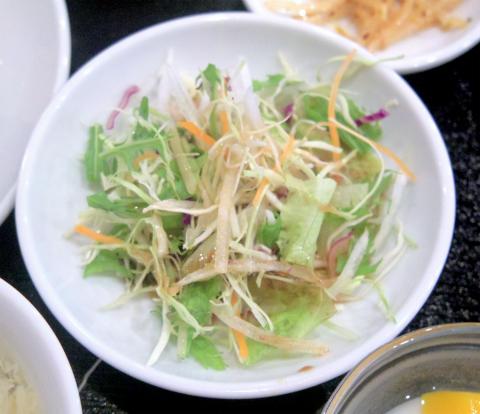東京都江戸川区南篠崎町3丁目にある中華料理「木蓮」八宝菜定食