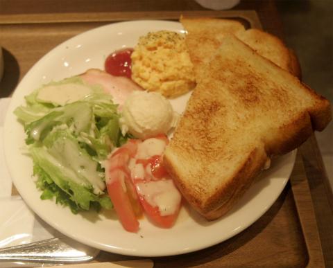 千葉県松戸市松戸にあるカフェ「ベックスコーヒーショップ BECK'S COFFEE SHOP  松戸店」モーニングプレート1