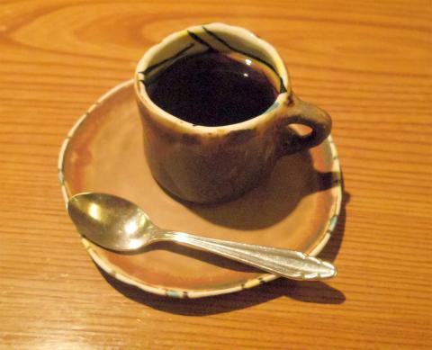 神奈川県横浜市中区住吉町4丁目にある「横浜瀬里奈 浪漫茶屋」浪漫膳