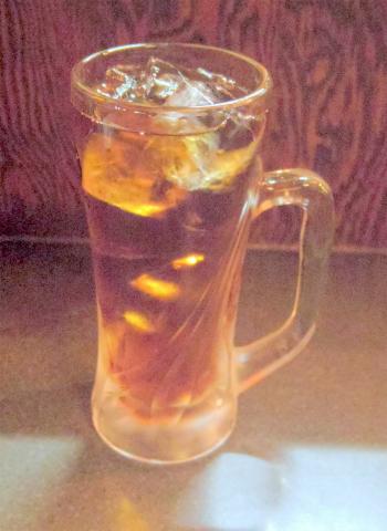 茨城県土浦市桜町1丁目にある居酒屋「酒とめし 炭吉次郎」ウーロン茶