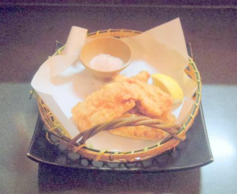 茨城県土浦市桜町1丁目にある居酒屋「酒とめし 炭吉次郎」地鶏の天ぷら