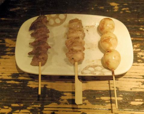 神奈川県川崎市中原区木月3丁目にある焼鳥、鶏料理の「浪漫亭 元住吉店」外観