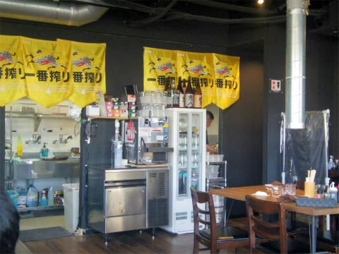 埼玉県所沢市和ケ原2丁目にある焼肉店「肉匠みきすけ」店内