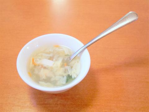 茨城県水戸市大塚町にある「王府 水戸店」食べ放題のスープ