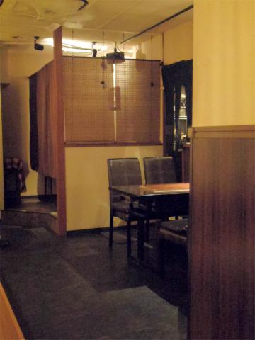 神奈川県横浜市中区山下町にあるお好み焼き、鉄板焼の「ひじてつ HIJITTU 横浜元町店」店内