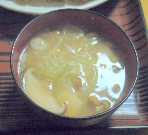 千葉県香取郡神崎町郡にある定食屋「ほそ川」ひれかつ定食