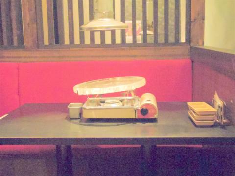 埼玉県越谷市千間台西1丁目にある韓国料理、焼肉の「韓国水晶焼肉 チョアヨ」店内