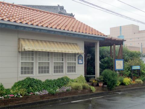 千葉県印西市草深にあるカフェ「CAFE NOAH カフェノア」外観