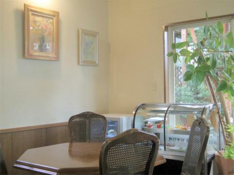 千葉県印西市草深にあるカフェ「CAFE NOAH カフェノア」店内