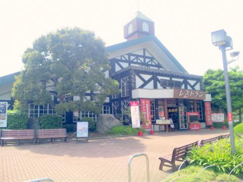 埼玉県日高市下大谷沢にある「レストランサイボク」外観