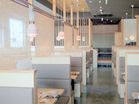千葉県富里市七栄にある「しゃぶしゃぶ温野菜 富里店」店内