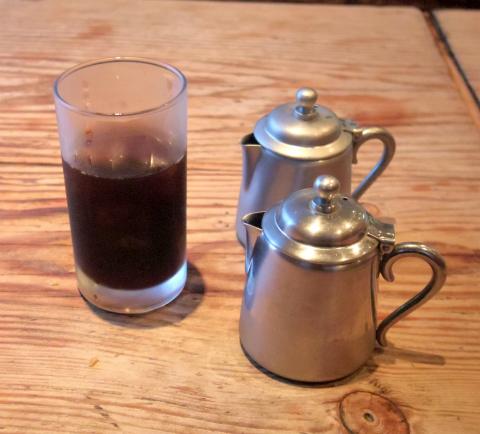 千葉県印旛郡酒々井町中川にある「食堂ひらりん」食後にアイスコーヒーをいただきました