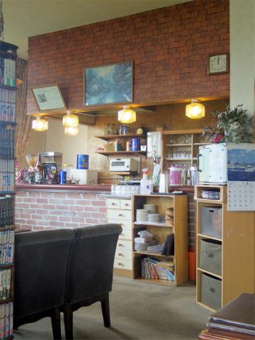 茨城県つくば市北条にある「レストラン&喫茶 ニュー高根」店内