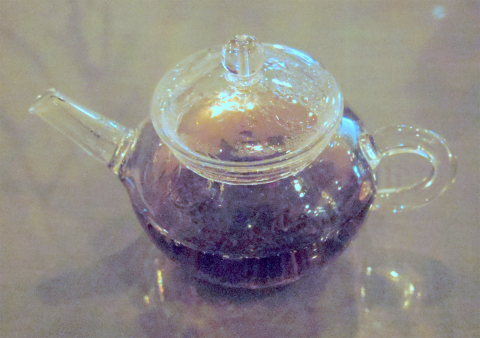 茨城県ひたちなか市馬渡にある焼き立てスコーンとコンフィチュール、紅茶の「La Table De Izumi ラ・ターブル・ドゥ・イズミ」紅茶