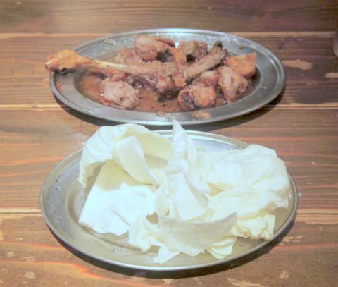 茨城県土浦市有明町にある鶏料理のお店「骨付きがぶり鶏 がぶり亭 土浦店」おや鶏