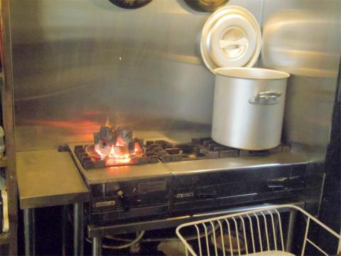 茨城県つくばみらい市陽光台1丁目にある焼肉、ホルモンの「モッツバー 高の家 みらい平店」店内