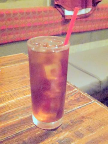 神奈川県川崎市中原区木月1丁目にある居酒屋「イザカヤミドリ」ウーロン茶