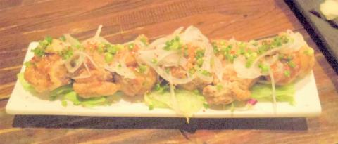 神奈川県川崎市中原区木月1丁目にある居酒屋「イザカヤミドリ」若鶏の香味からあげ