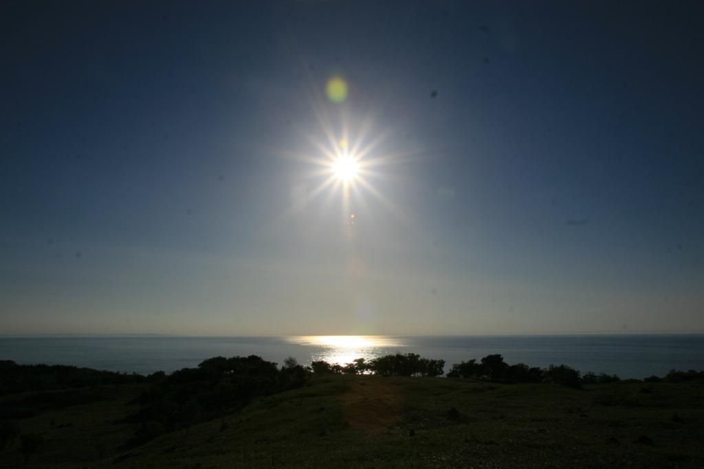 北海道・知床五湖から見るオホーツク海