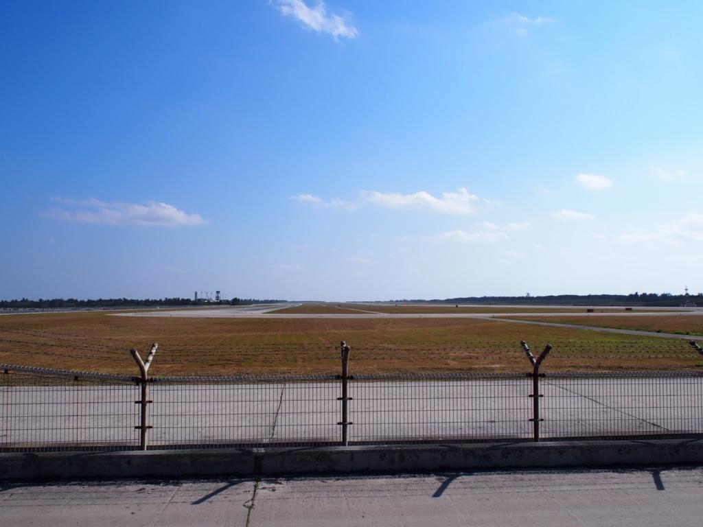 下地島空港RW17エンド横ビーチ